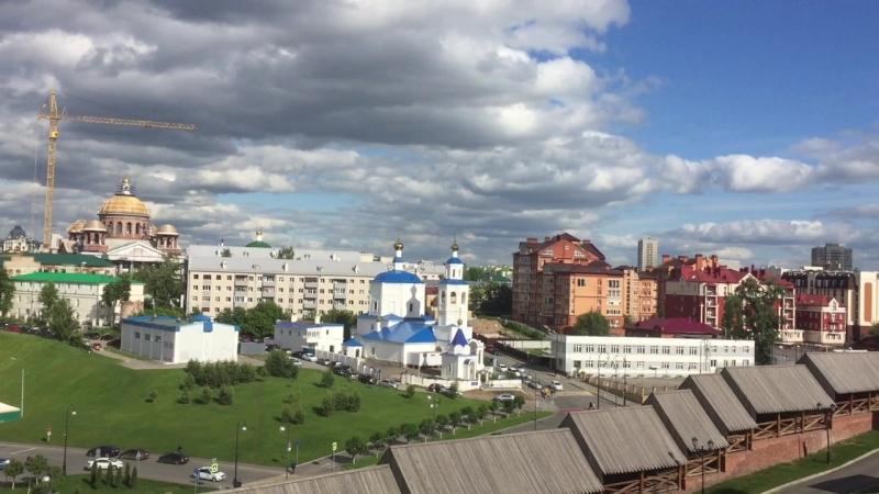 Вид с обзор.площадки Кремля на Казань