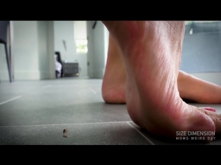 Bratty foot girls ep4: Mom weird day. (Giantess)