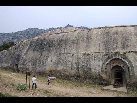 Пещеры Индии Барабар и Китая древние бомбоубежища?