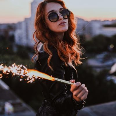 Оля Варшецкая