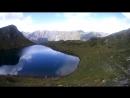 Седьмое озеро в долине 7 озер, на высоте 2600 метров над уровнем моряв форме сердца.