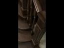 Дубовая лестница и ступени со шпоном