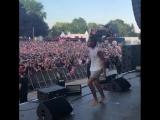6ix9ine на концерте во Франции исполнил трек Take A Step Back NR