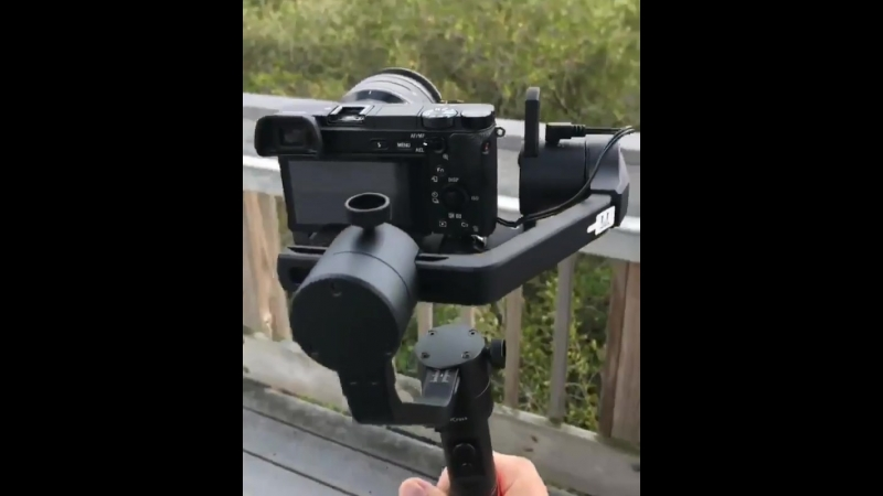 This Gimbal has a special battery for keeping your camera alive when the batteries die 👍✅ Credits @gudsenmoza