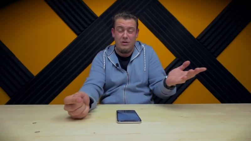 РасПаковка ДваПаковка iPhone XS Max за 11 500 рублей проверка рекламы