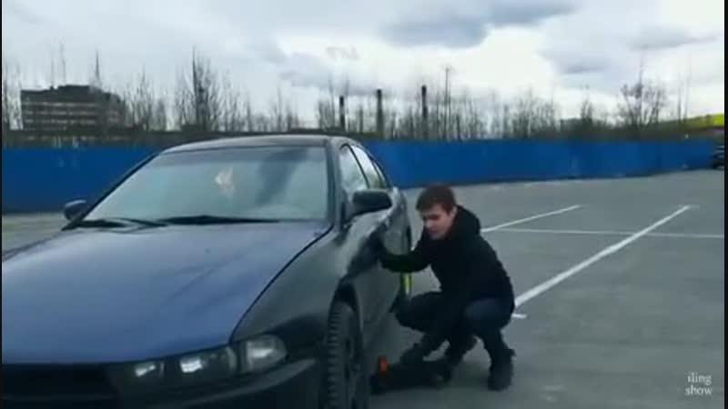 Как открыть машину без ключа с помощью домкрата