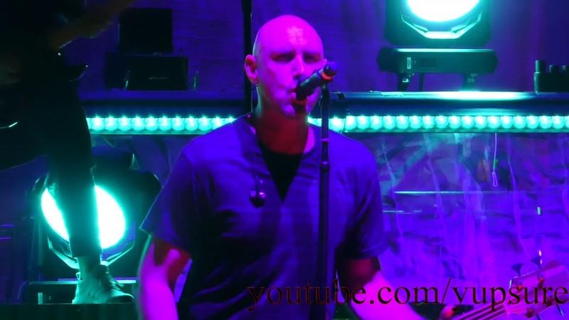 Breaking Benjamin - Never Again - Live HD (PNC Bank Arts Center)