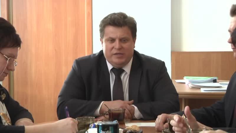 Глава Барабинского района Е В Бессонов поздравил представителей средств массовой