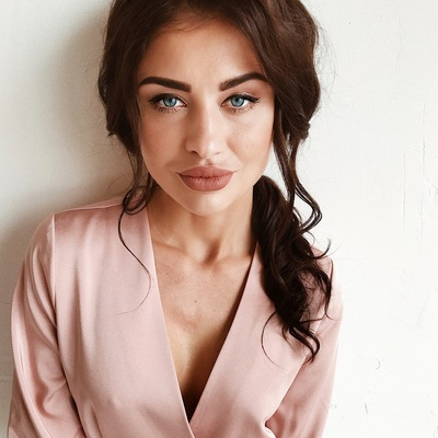 Юлия Шестакова