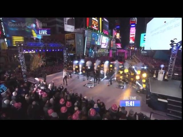Taylor swift performing On Dick Clarks New Years Rockin Eve 2014 (HD)