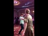 Царикати Феликс танцует кабардинский танец