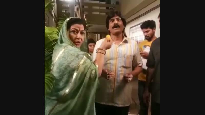 Абха Пармар / O bai,yahi he jinhone rakesh babu ko hamse alag kar diya,,muh to meetha karna hi chahiye inka,,tai ji ki planing f
