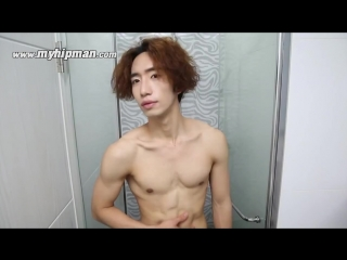AMAZING self  Korean Guy Gives Himself An Amazing Makeover