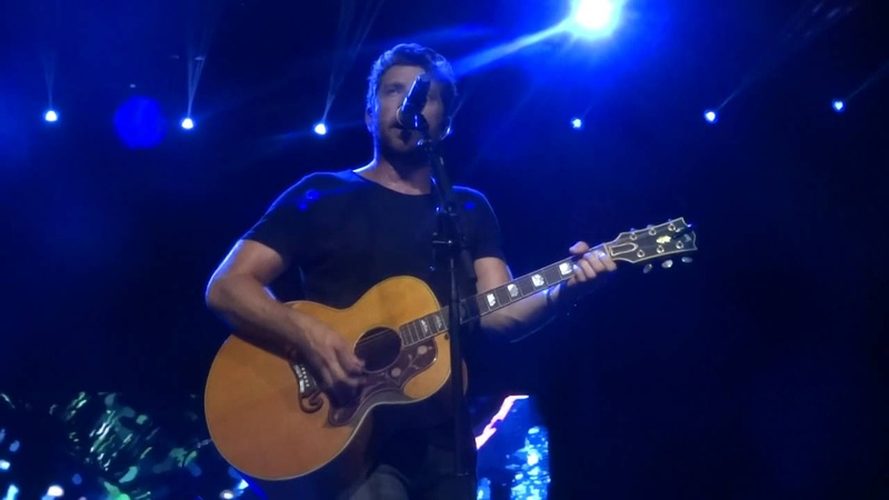 Brett Eldredge sings If You Were My Girl live at PNC Music Pavilion
