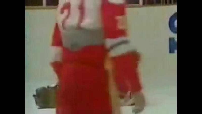 Битва при Пьештяни - знаменитая драка на молодежном чемпионате мира между сборными СССР и Канады.4 января 1987 года.
