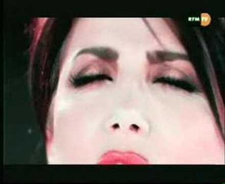 Liane Foly - La Vie Ne Mapprend Rien [Videoclip]