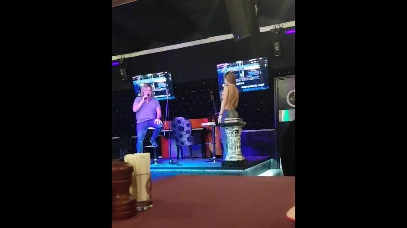 Мася Шпак и Александр Ягья поют