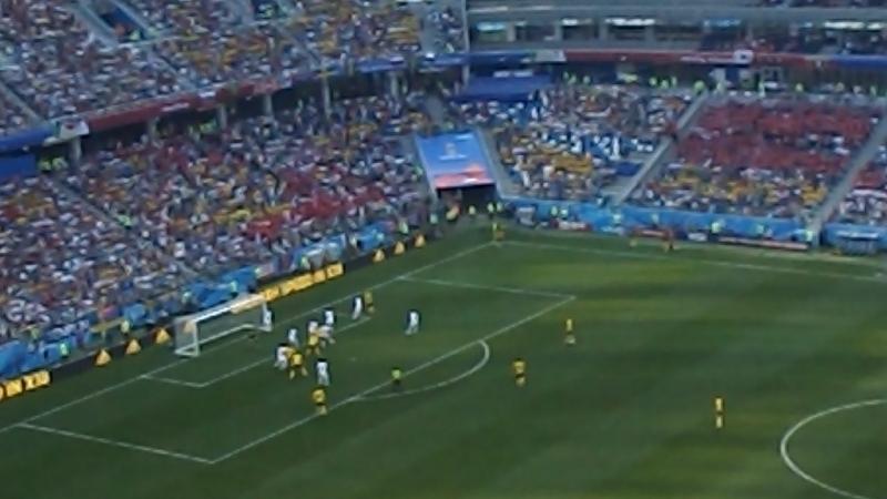 НН. Швеция атакует, болельщики кричат.