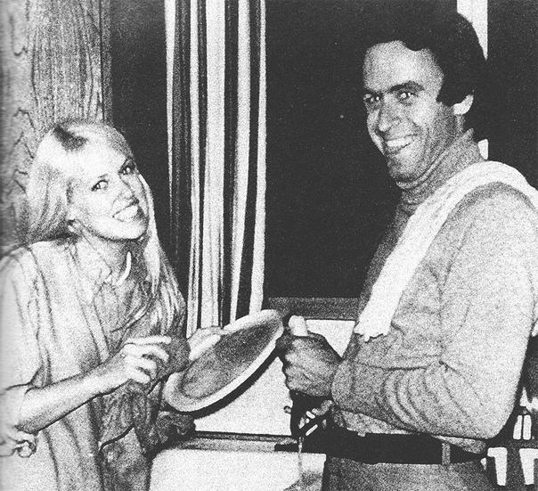 12 Марта 1974 года Тед Банди убил Донну Мэнсон, а потом кремировал ее череп в камине дома своей девушки.