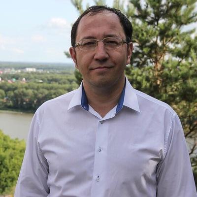 Рустем Сираев