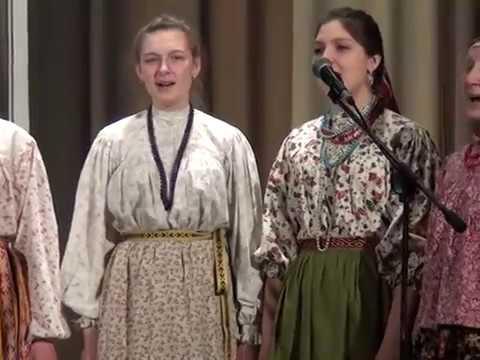 Образцовый детский фольклорный ансамбль «Звонница», п. Абан, «С поля ветер сповивае» и «Сербияночка»