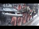 Клубы пара, уголь и огонь: паровоз из прошлого века прибыл в Вологду (видео)