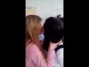 Школьницы на перемене нежно целуются в засос и трогают друг друга