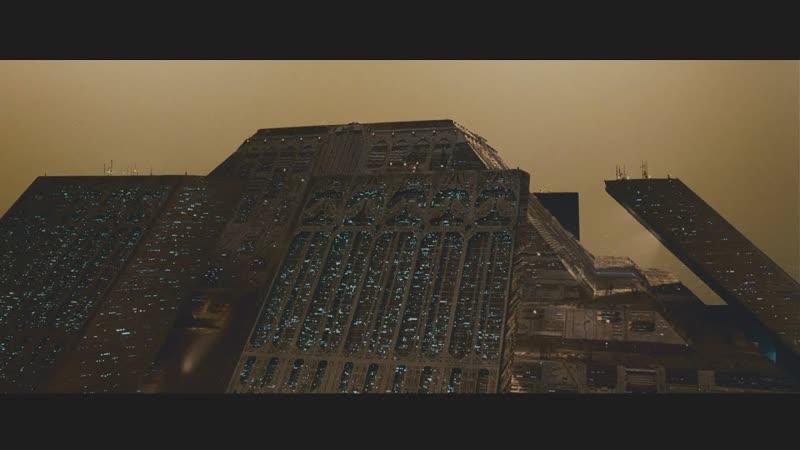 Blade Runner Flight To Tyrell Corp