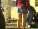 Задрал юбку