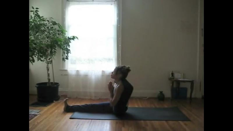 Eka Pada Sirsasana - Laruga Glaser - Ashtanga yoga Intermediate series