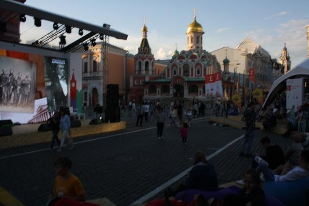 Выставки и ярмарки на Красной площади — шикардосик. Даёшь десакрализацию!