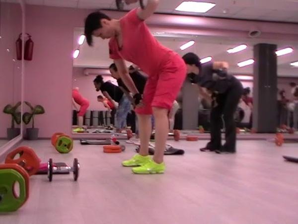 Крос- выпад бицепс отведение плеча- многофункциональные упражнения/Семинар SuperFitness Company