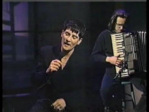 K.d. lang, So In Love on Late Night, November 23, 1990