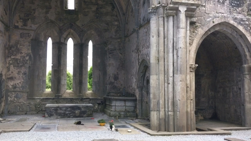 Corcomroe abbay, Ирландия