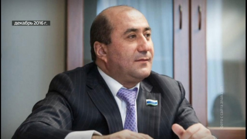 Свердловского депутата Карапетяна лишили мандата под аплодисменты