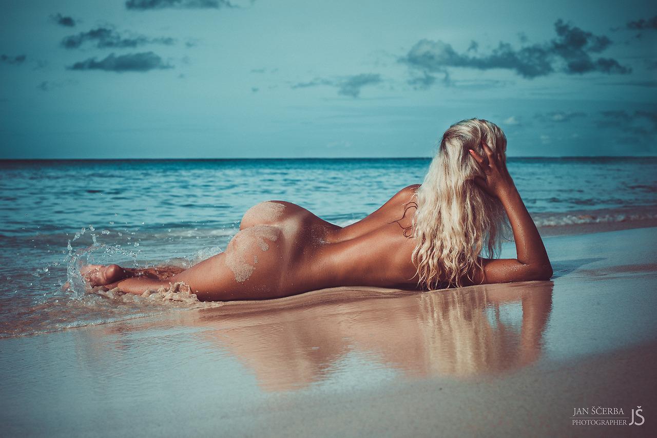 Free nude photos videos