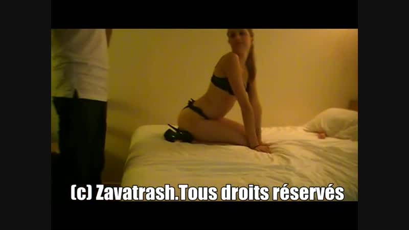 Zavatrash_Amateur_French_x264 (91)