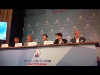 Евгений Финкельштейн на Пресс-конференции в Доме Журналистов СПб.