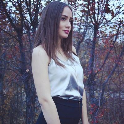 Яна Марченко