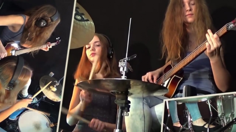 Billie Jean (Michael Jackson); Drum_⁄Bass Cover by Milena and Sina