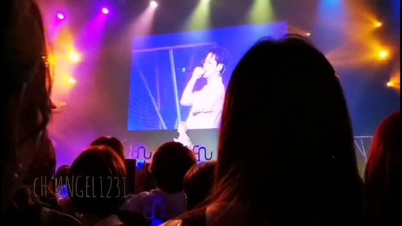 FANCAM   22.09.18   Chan (feel good with feeldog) @ UNB 2nd Concert in Japan