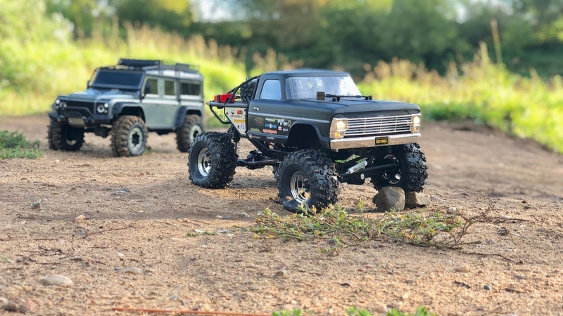 Vaterra Ascender Going Wet with Traxxas TRX-4 Defender