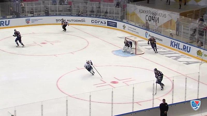 Моменты из матчей КХЛ сезона 14/15 • Гол. 2:1. Пайгин Зият (ХК Сочи) забрасывает шайбу в ворота соперника 19.11