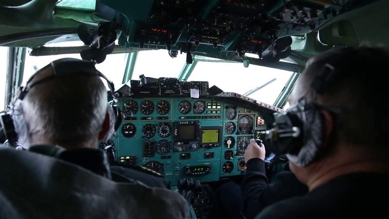Посадка Ту-154 EW-85703 в Ноябрьске