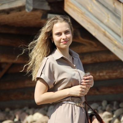 Юлия Свалова
