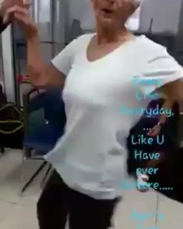 """ECONET on Instagram: """"ВОЗРАСТ — ВСЕГО ЛИШЬ ЦИФРА!😀 А вы умеете танцевать?💡 жизнь люди возраст счастье танец радость эконет econet эконетру..."""
