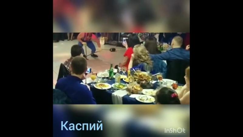 Железный Геркулес в Restourant KASPIY