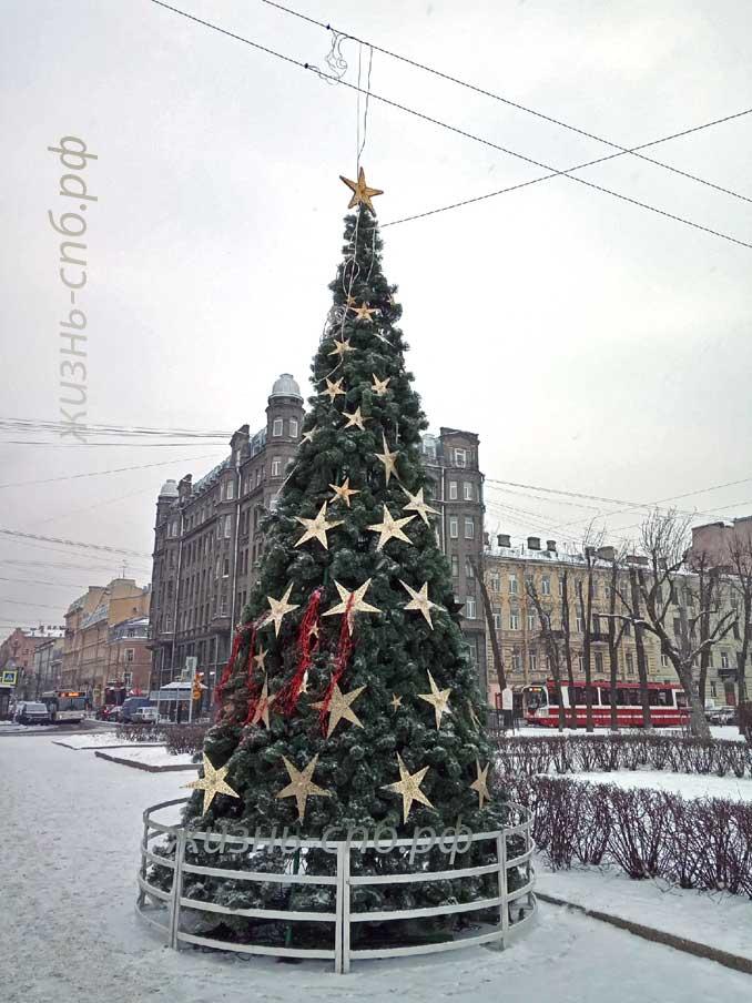 Новогодняя ёлка на площади Тургенева