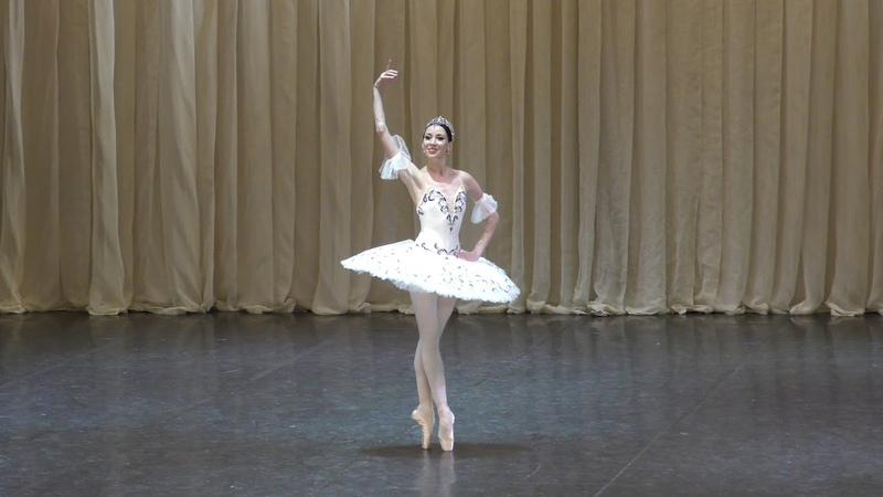 05/08/18 Viktoria Tereshkina and Vladimir Shklyarov Paquita variations and coda