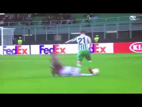 Samu Castillejo Red Card Milan vs Real Betis 25/10/2018